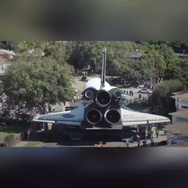 Oh excuse me my ride is here….  Spaceship comin' thru! 🤣 This was really cool actually 😎 . . . @advocates_of_disclosure @nasa
